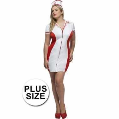 Verpleegster grote maten zuster kostuum voor dames carnaval